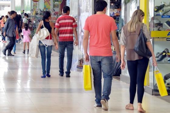 Comércio de Umuarama inicia contratações temporárias de fim de ano