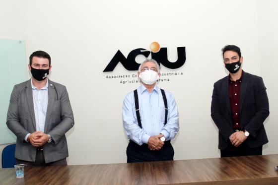Sistema cooperativo Cresol prepara início das atividades em Umuarama
