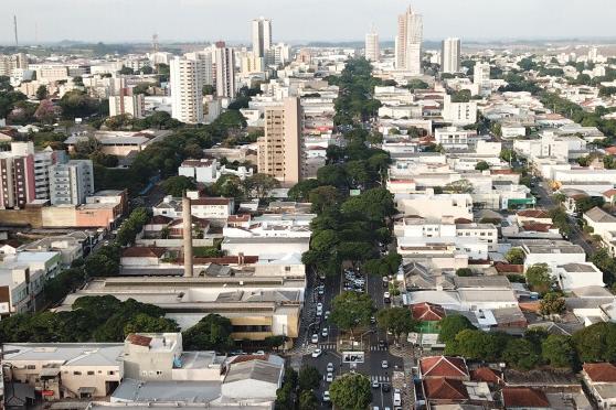 Decreto autoriza funcionamento do comércio das 9h às 17h no Sabadão