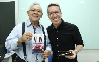 Lançamento do livro Salve sua Vida, com Marçal Siqueira